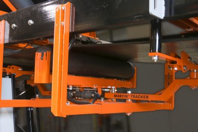 Powered conveyor belt tracker: Continuous, precise adjustment