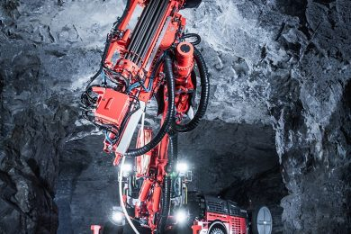 Intelligent Sandvik DS422i cable bolter improves productivity, safety and process control