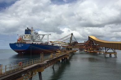 'Green' Vale iron ore vessel loads for the first time at Tubarão