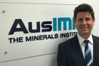 AusIMM signs MoU with Global Mining Association of China