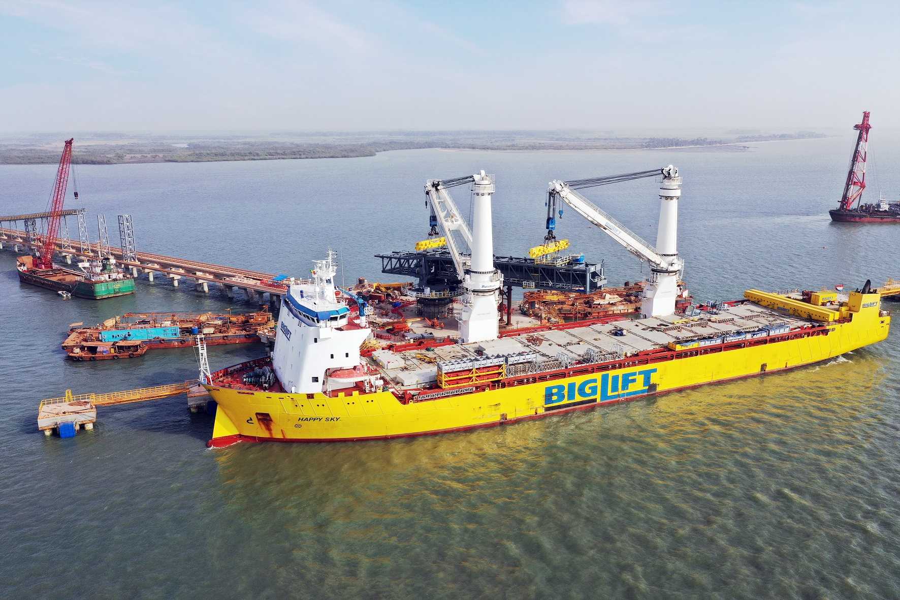 thyssenkrupp Barge Loader delivered to EGA bauxite project