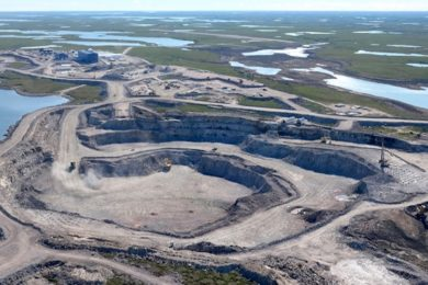 De Beers Group consolidates mining assets in South Africa and Canada