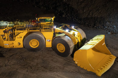 Cat's new R2900 LHD meets strict emissions controls