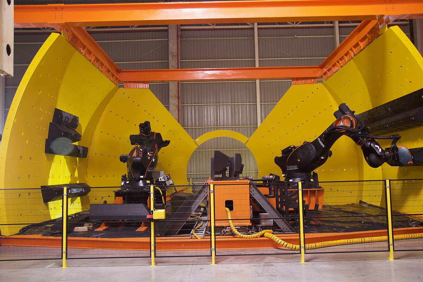Chile's MIRS launches world first EMMR robotic mill lining innovation - International Mining