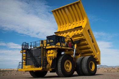 Komatsu launches 230 t 830E-5 haul truck in Australia