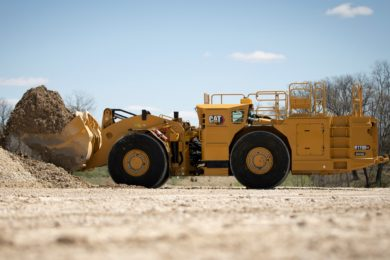 Cat to bring new D11 XE dozer, R1700 XE battery-electric LHD to MINExpo