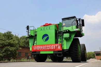 China's XEMC completes conversion of 108 t diesel truck to 120 t battery model for SPIC; also plans autonomous, cabless all-electric truck