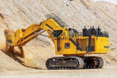 Komatsu to teleoperate 700 t PC7000-11 shovel loading its concept autonomous truck in Arizona from MINExpo 2021