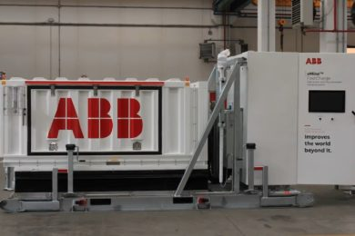 ABB, MEDATech demo fully automated fast charging solution on Western Star 4900XD-e