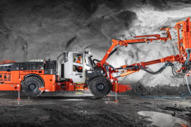 Sandvik follows up new battery DS412iE bolter with the diesel DS412i model